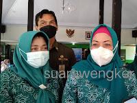 Hj.Susilowati Sugiri Sancoko hadir membuka orientasi pemberdayaan ekonomi keluarga akseptor di kampung KB Percontohan