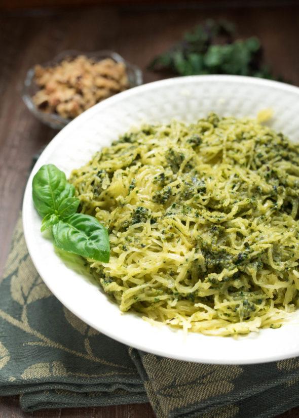 Vegan Pesto Spaghetti Squash