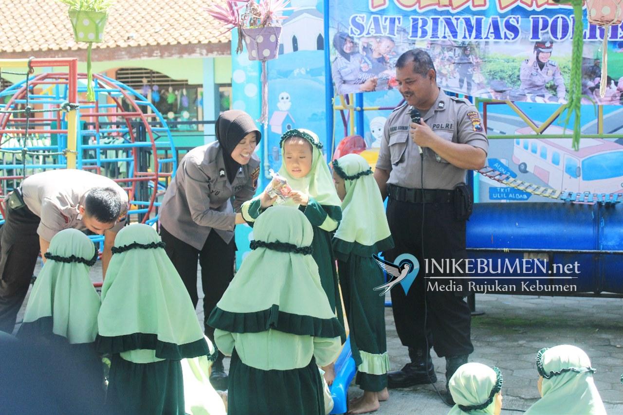 Polisi Sahabat Anak, 80 Pelajar TK Ulil Albab Kebumen Dijadikan Mitra Polri