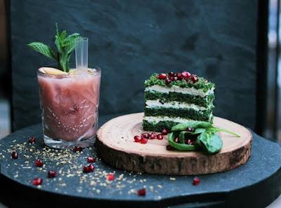 12 τροφές που επιτρέπεται να τρως πριν βγεις για ποτό