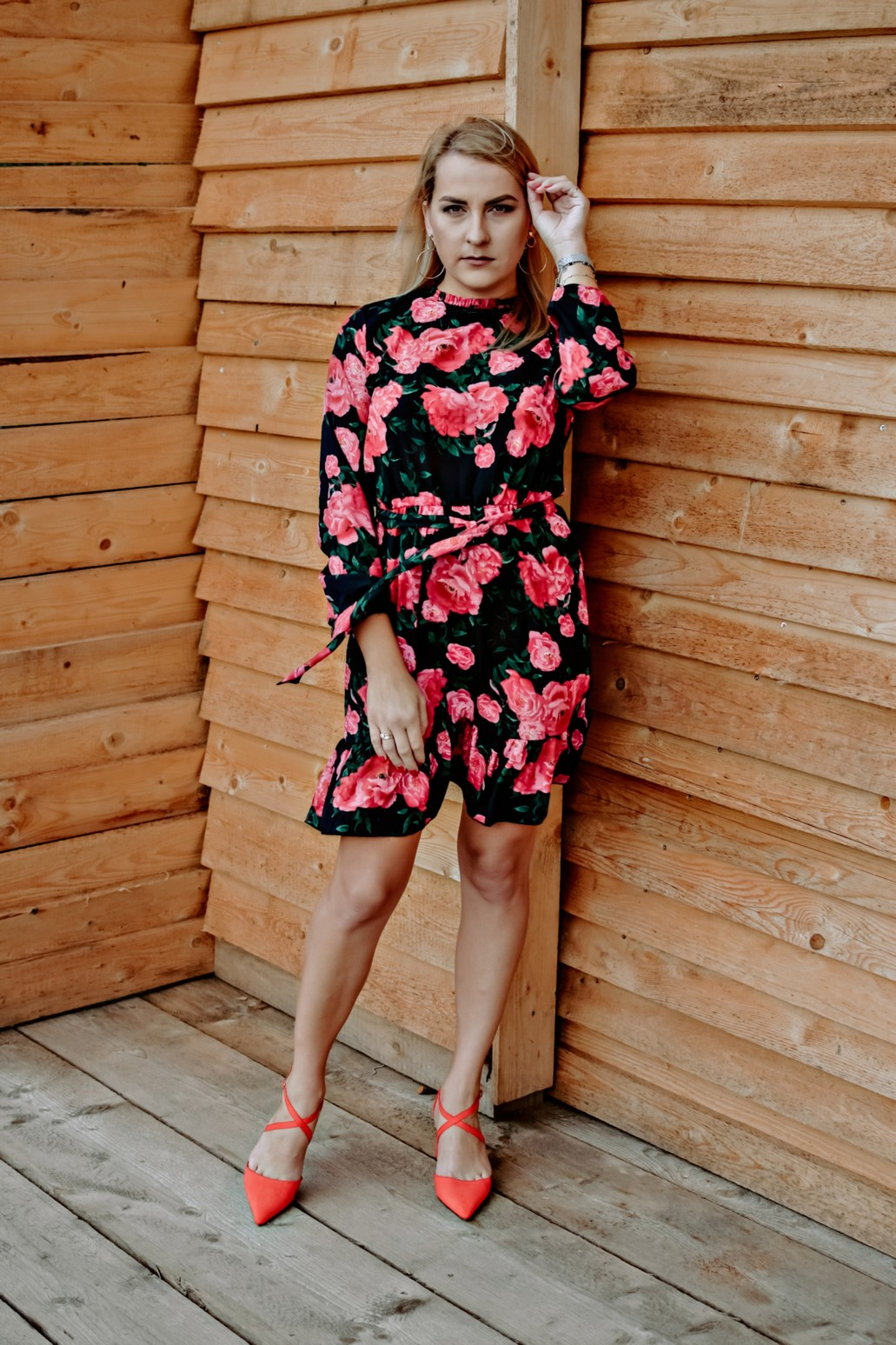 Kwiecista sukienka Cofashion