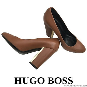 Queen Letizia wore Hugo Boss Camel Block-Heel Pumps