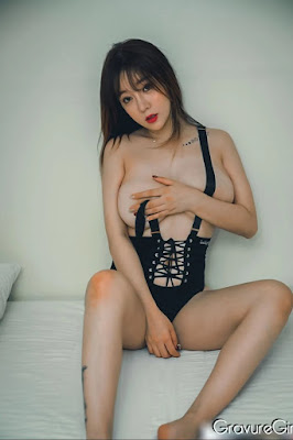 Hot and sexy naked photos of beautiful busty asian hottie chick Chinese nude model Wang Yu Chun photo highlights on Pinays Finest Sexy Nude Photo Collection site.