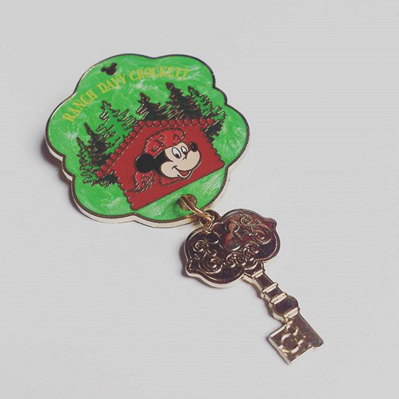 Pins ranch davy crockett disneyland paris
