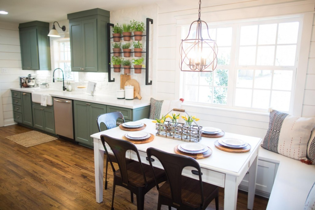 Fall Kitchen Curtains Ceiling Lighting Affordable Farmhouse Decor For The Perfect Fixer Upper ...