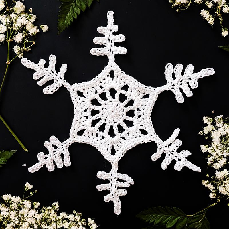 Crochet Treasures Snowflakes Challenge Week 1