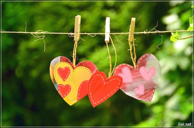 ảnh những chiếc kẹp và trái tim