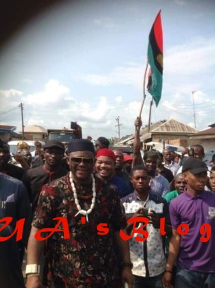 Fani-Kayode Storms Nnamdi Kanu's Hometown In Umuahia...See What IPOB Did For Him (Photos)