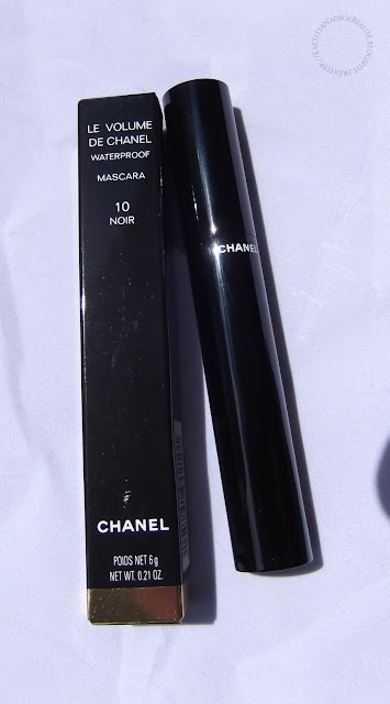 CHANEL PARIS  Le Volume de Chanel Waterproof Mascara.