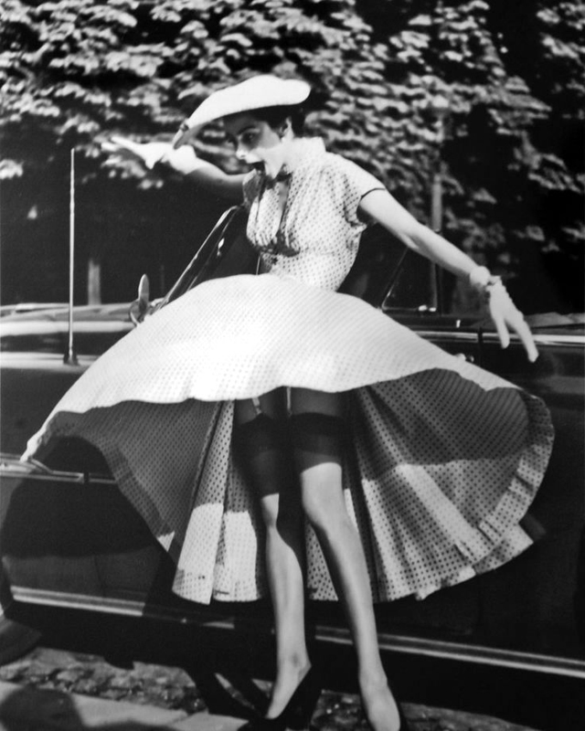 blowin' in the wind: lovely pictures follow infamous skirt-blowing