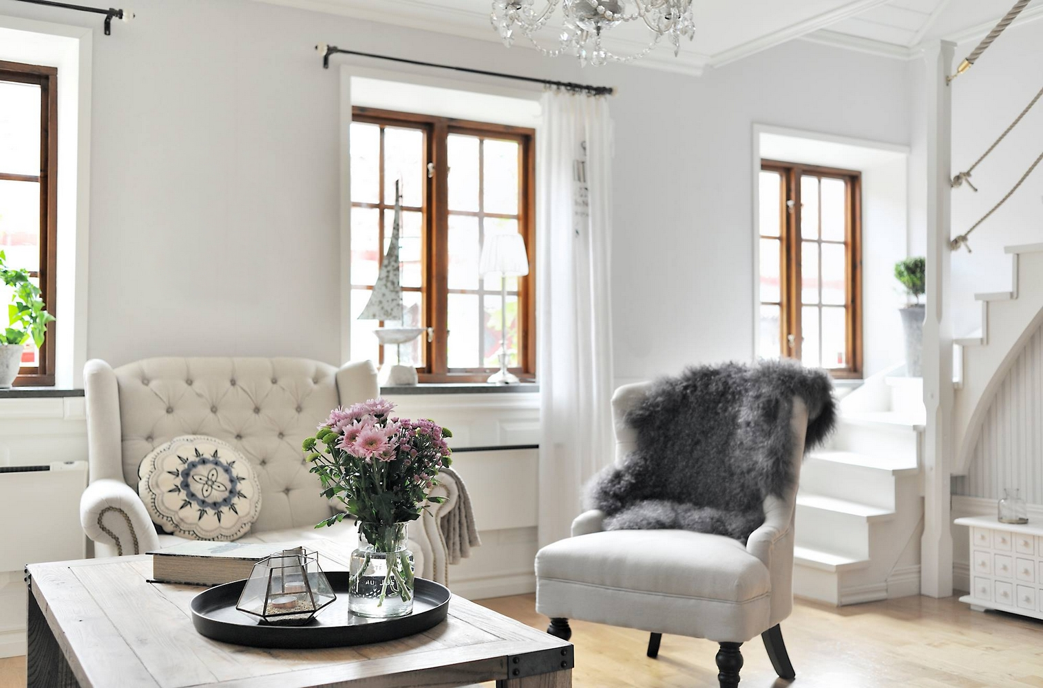 The lovely deco une maison au style campagne chic - Maison style campagne ...