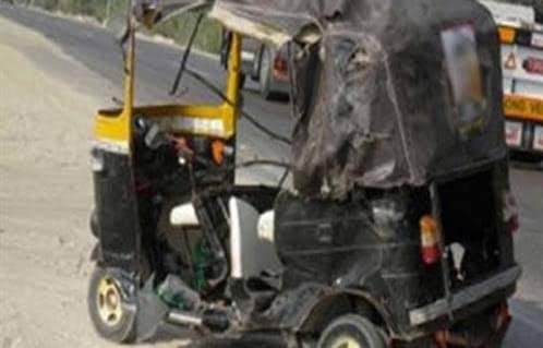 إصابة شخص في حادث انقلاب «توك توك» بسوهاج