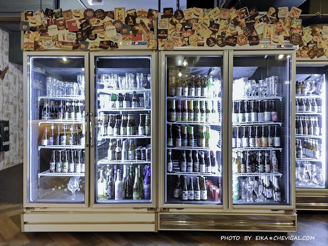 IMG 20180902 183010 - 熱血採訪│400多款精釀啤酒喝不完!隱身在青海路的薩克森餐酒館旗艦店,餐點氣氛都不錯!