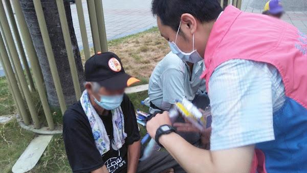 遊民防疫再升級 彰化縣關懷遊民發口罩、防疫包