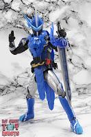 S.H. Figuarts Kamen Rider Blades Lion Senki 21