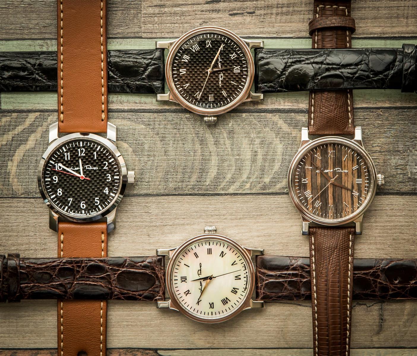 623ed2230ee7a6 Aktualna oferta zegarków obejmuje 12 modeli. Klienci pracowni mają  możliwość bardzo dużej personalizacji wybranego modelu poprzez wiele opcji  wyposażenia i ...