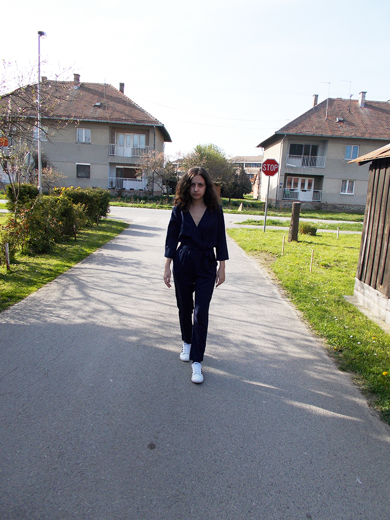 fashion with valentina blog,fashion blogger valentina batrac,fwv blog,teen croatian fashion bloggers,hrvatske fashion modne blogerice,how to dress down a jumpsuit,how to wear a jumpsuit with sneakers