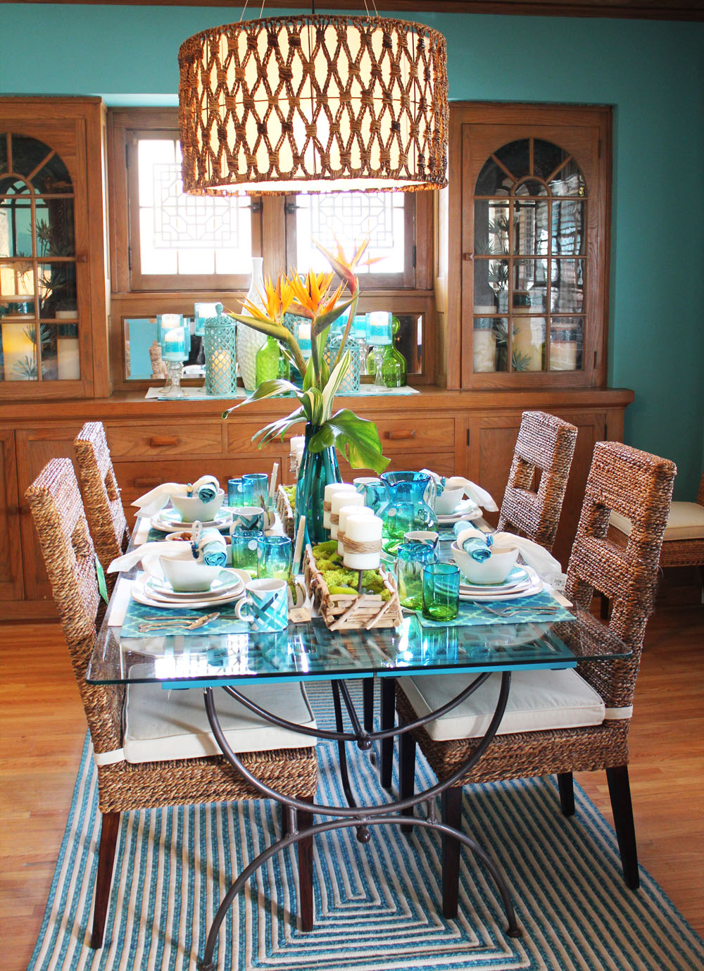 Well Start In The Dining Room Remember To Click On A Photo To Enlarge It And Feel Free To Use The Pin Iton For Pinterest Too