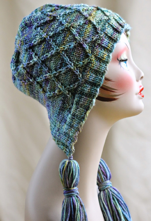 Iris Bloom Bonnet - Free Pattern