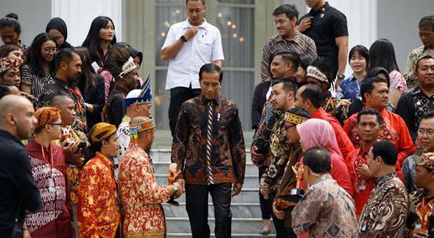 Wajah Kabinet Jokowi Gelap Karena Masih Tersandera Koalisi
