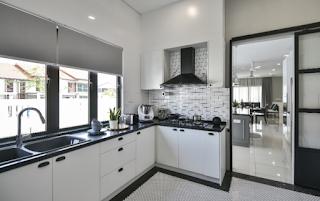 4 Lotus interior - Kitchen remodeling by professional kitchen designers