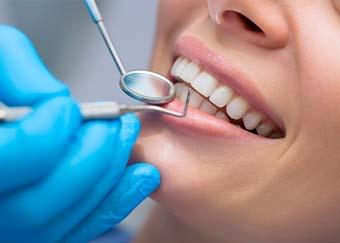 افضل دكتور اسنان في مستوصف المهيدب