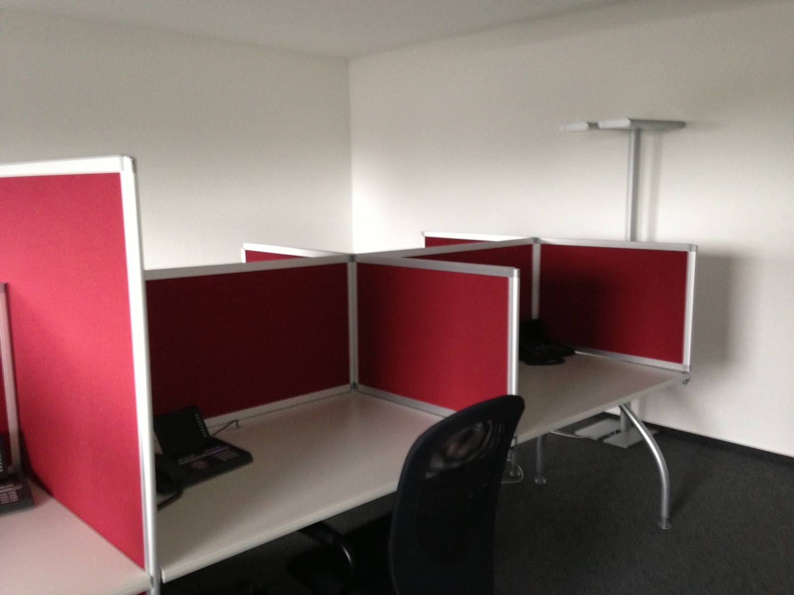 colour up your office gebrauchte b rom bel und call. Black Bedroom Furniture Sets. Home Design Ideas