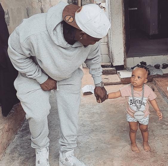 Bongo star Harmonize alias Konde Boy photo with his daughter