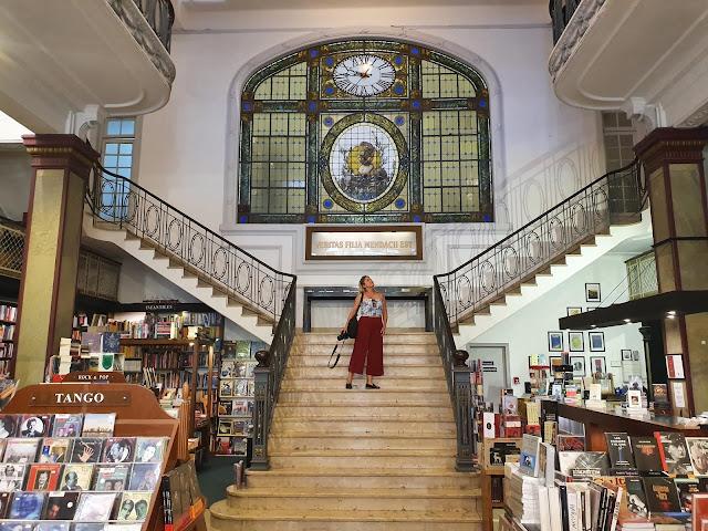 Blog Apaixonados por Viagens - Montevidéu - Duas Livrarias Instagramáveis e perfeitas para um café