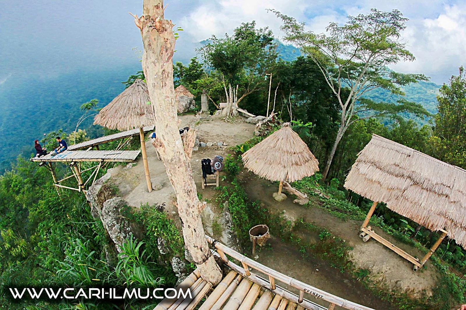 Phuntuk Mongkrong : Salah Satu Spot Terbaik Untuk Foto Di Magelang