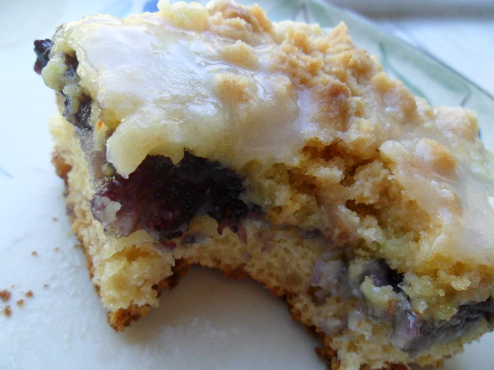 Easy Fresh Blueberry Coffee Cake Recipe