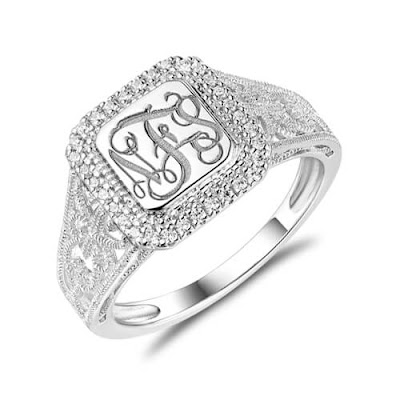 https://www.getnamenecklace.com/personalized-monogram-ring-with-cubic-zirconia
