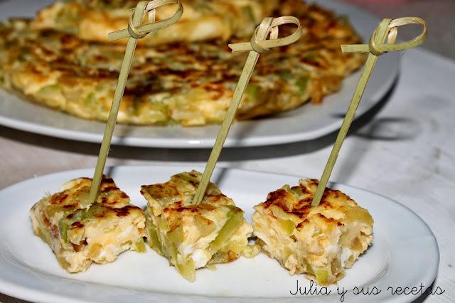 6 tortillas muy jugosas y diferentes cocina - Tortilla de calabacin y cebolla ...