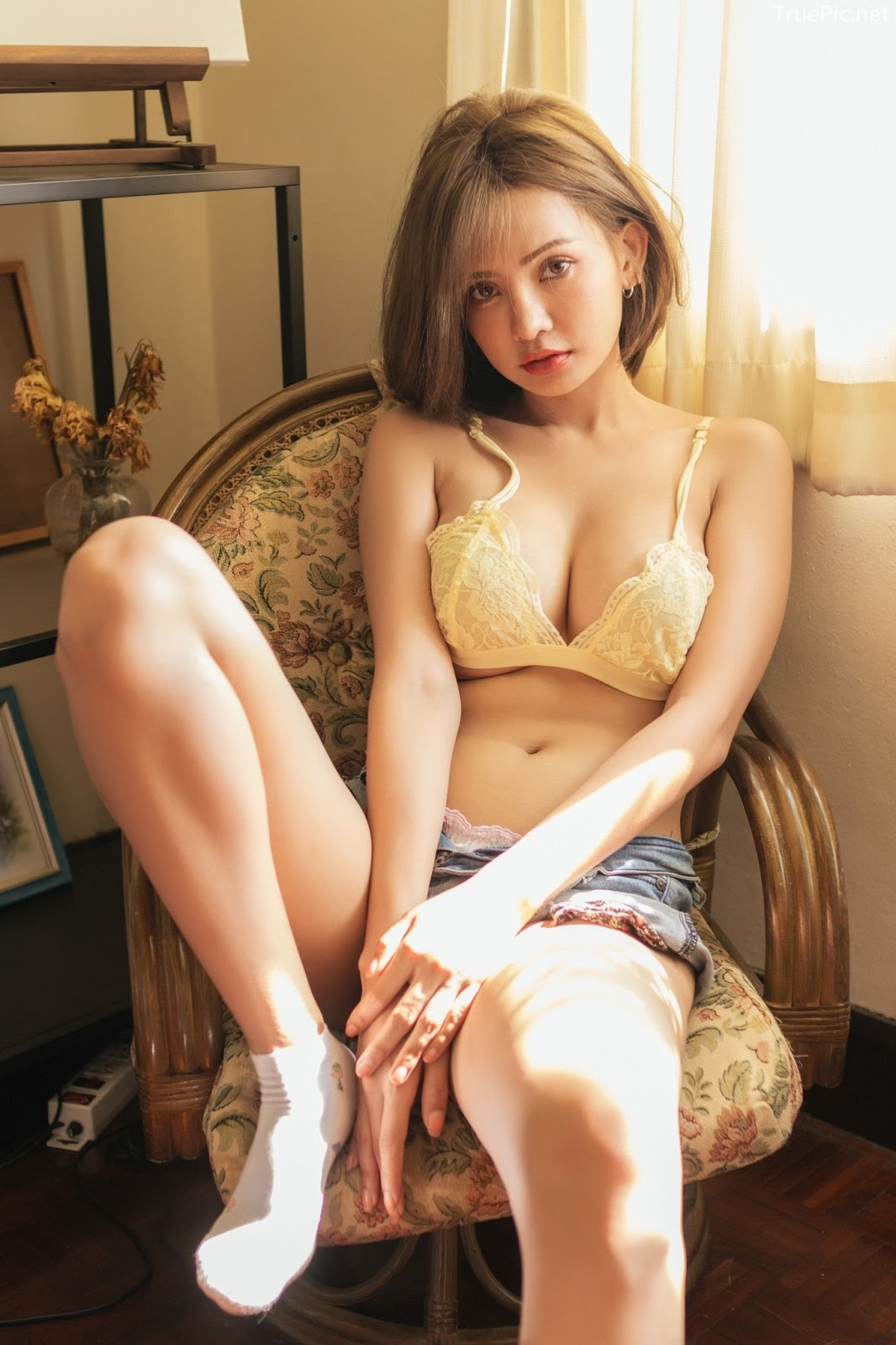 Sutasinee Siriruke Thailand sexy model with photo album Stay with me - Picture 2