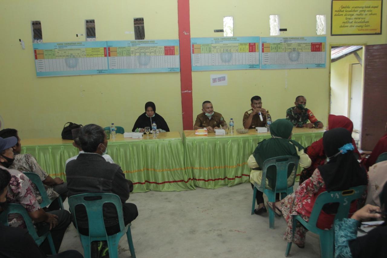 Plt Camat Kecamatan Kota Kisaran Timur Pimpin Rakorpem di Kelurahan Kisaran Naga