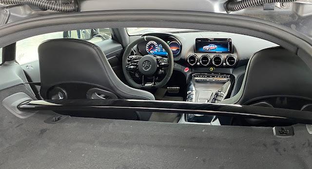 Đánh giá Mercedes Benz AMG GT R 2021