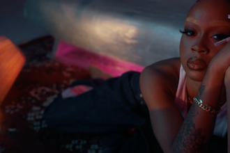 """EBHONI, Toronto's Bad Gyal Bares Her Soul in New Visual For """"IYKYK"""""""