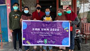KKN Mahasiswa UMM Pasang 7 Plang Nama Jalan di Lingkungan RW 03