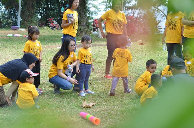 gathering keluarga di villa hambalang