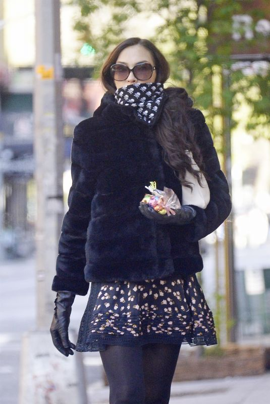 Famke Janssen Wearing Scarf and Gloves Outside in NY 11 Apr-2020
