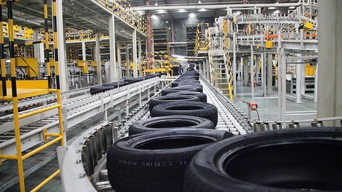 Fábrica de neumáticos vulcanizados - Vulcanized tyre factory