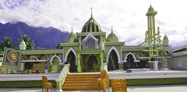 Persekutuan Gereja Minta Menara Masjid Dibongkar; Yang Biasa Teriak Toleran Kok Pada Bungkam?
