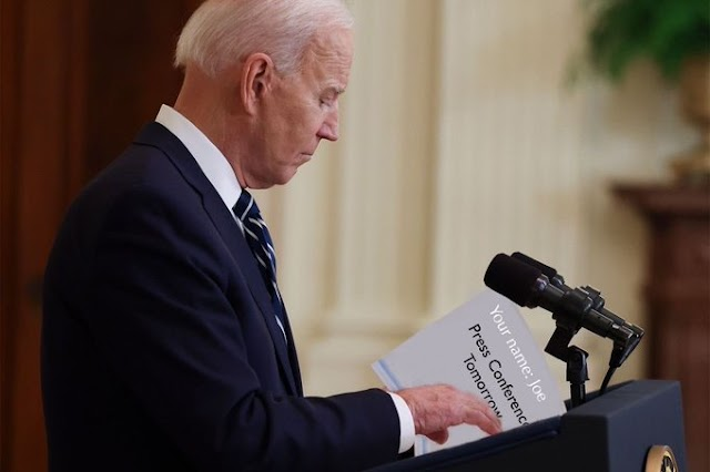 Photos Reveal Cheat Sheets Used by Biden During his first press conference since taking over the Oval Office.
