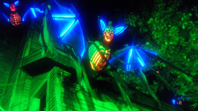 light up bat dollywood