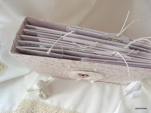 scrapbookingowy album -baza i okładka ręcznie robione