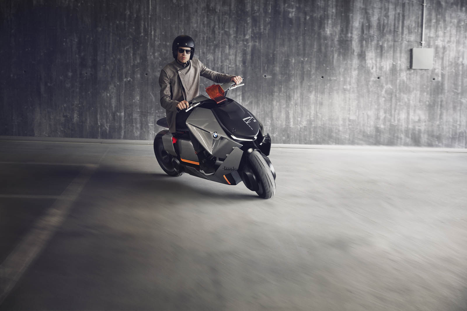 BMW-Motorrad-Concept-Link-P90260584-highRes.jpg