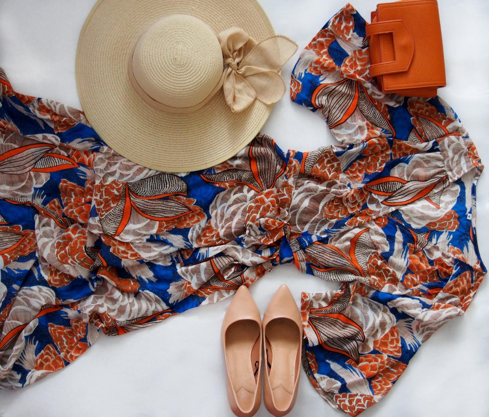 b10450144448 Maxi šaty v krásnej modro-oranžovej farbe som vám už predstavila v článku  na blogu. Šaty sú dlhé až k členkom a doladila som ich telovými lodičkami