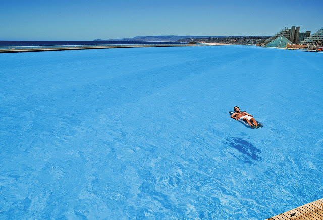 San Alfonso del Mar, Chile. The world's largest swimming pool!