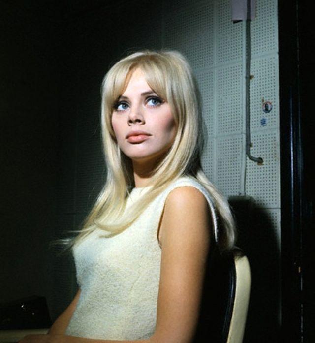 Britt Ekland: The 1960s Swedish Beauty Icon   Vintage News
