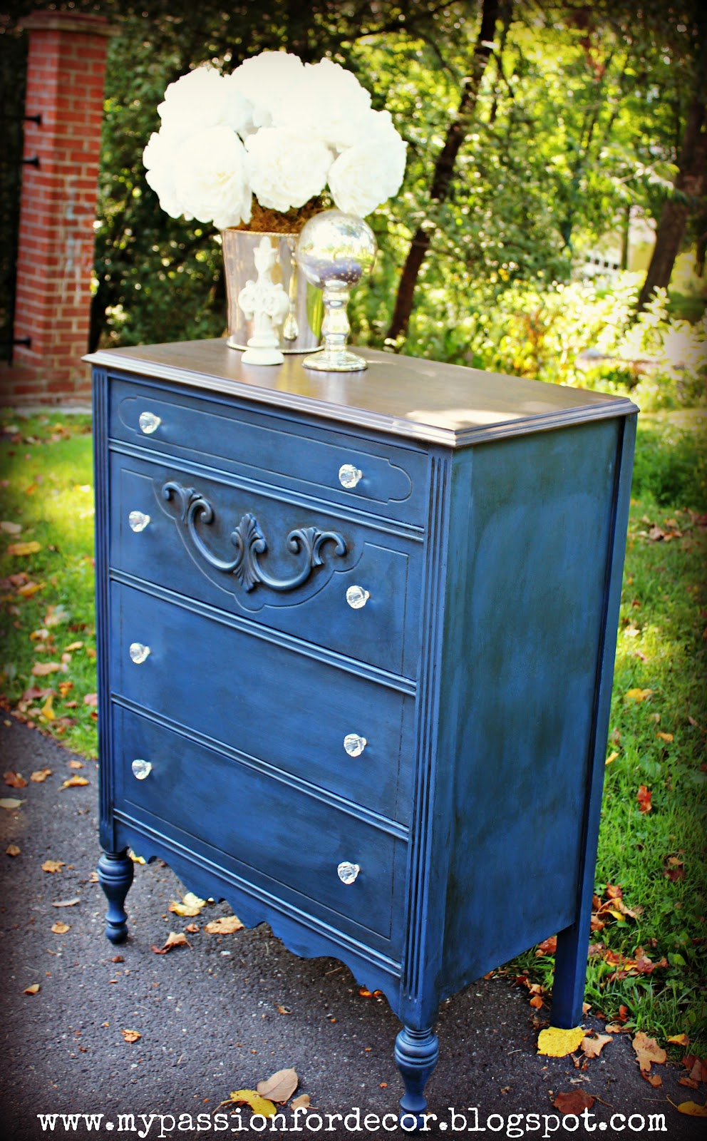 I Like The Combination Of Dark Stain With Rich Blue Paint